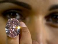 Siapa Mau Beli Berlian Rp600 Miliar?