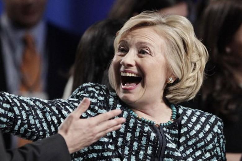 Hillary Clinton Pamer Rambut Baru