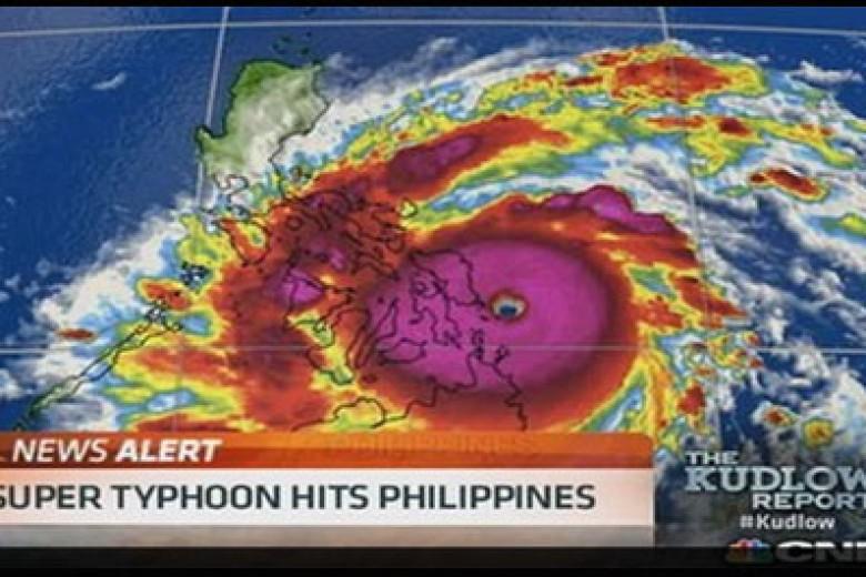 Badai Terkuat Dunia Hantam Filipina Pagi Ini