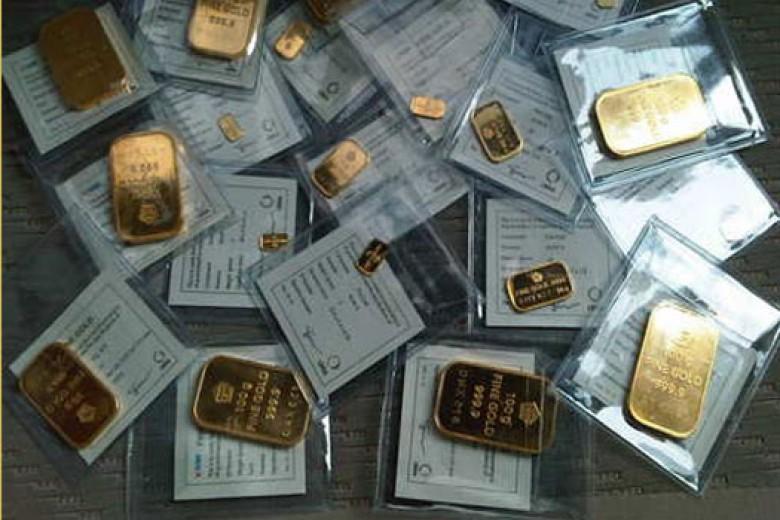 Emas Antam Turun Rp5.000, Buyback Turun Rp10.000/Gram