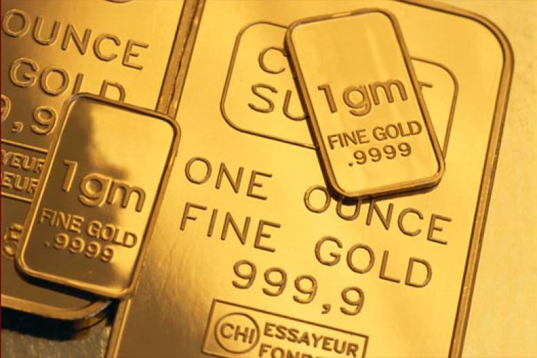 Harga Emas Dunia dan Antam Turun