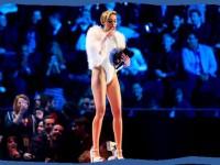 Miley Cyrus Belum Kapok 'Twerking'