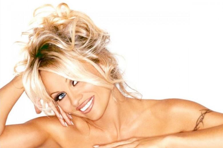 Penampilan Baru Pamela Anderson