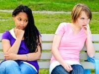 5 Tanda Anda dan Sahabat Mulai Renggang