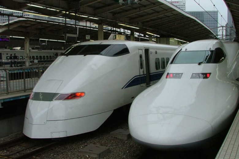 Shinkansen Bikin Ciut Maskapai Jepang