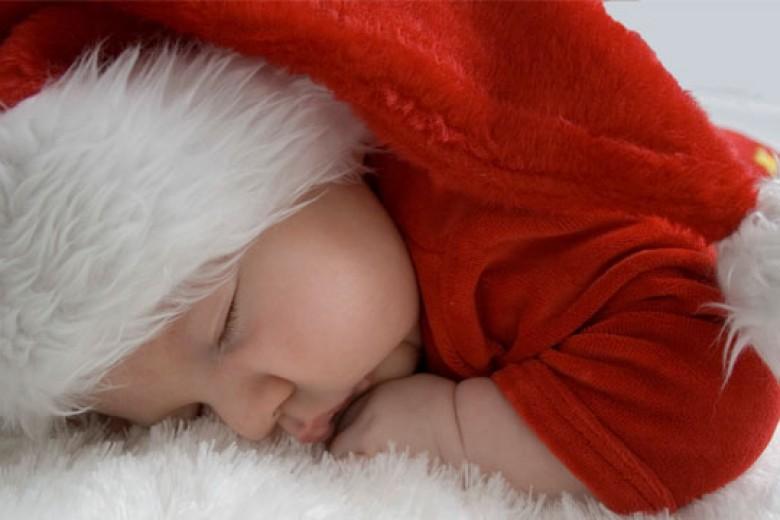 Rayakan Natal Pertama Bayi Anda