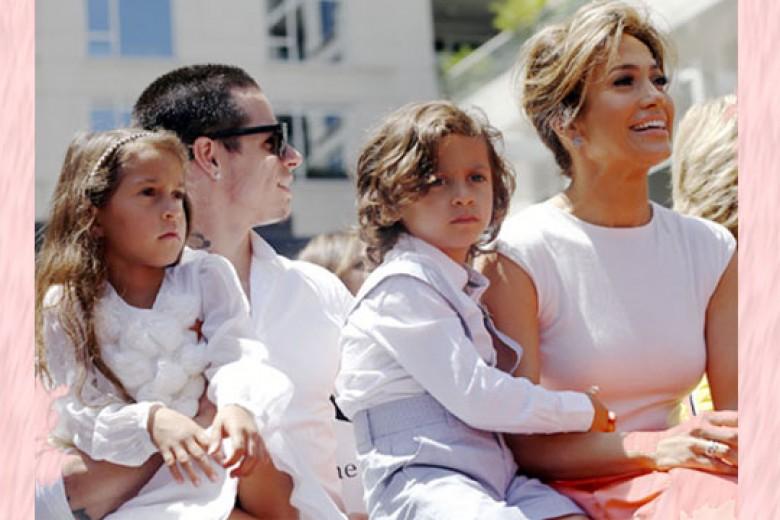 J.Lo Akan Terima Penghargaan Sebagai Orangtua Selebritas