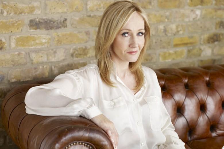 J.K. Rowling Tulis Novel Kriminal