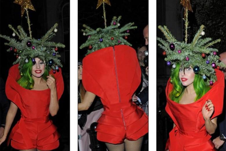 Ini Pohon Natal atau Lady Gaga?