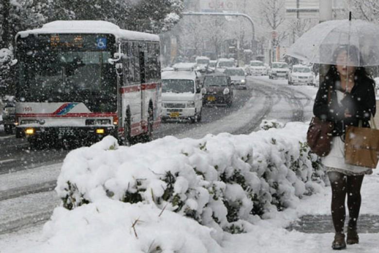 Badai Salju, 3 Pabrikan Besar Jepang Hentikan Produksi