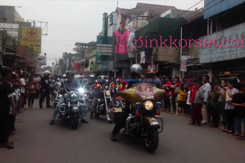 Harley Davidson Meriahkan Cap Go Meh Street Fest