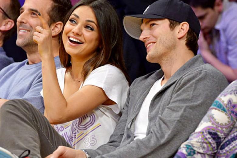 Ashton Kutcher-Mila Kunis Bertunangan?