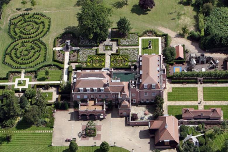 Pembeli Istana David Beckham Terkuak