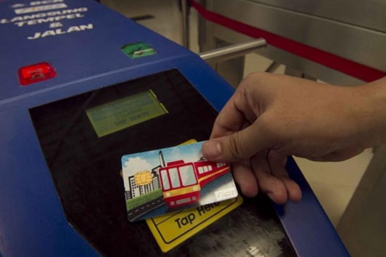 Transaksi Flazz Meningkat Berkat 'Commuterline'