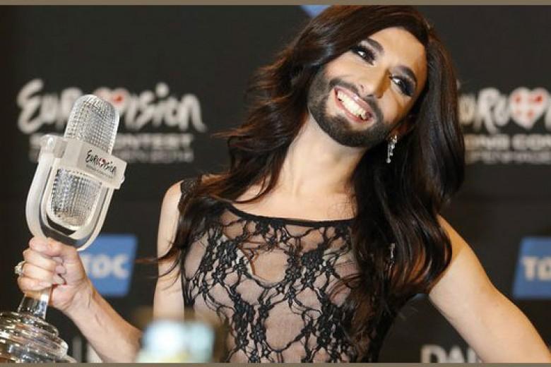 Penyanyi Waria Menang Kontes Nyanyi Eropa