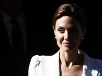 Angelina Jolie Dukung Korban Pemerkosaan