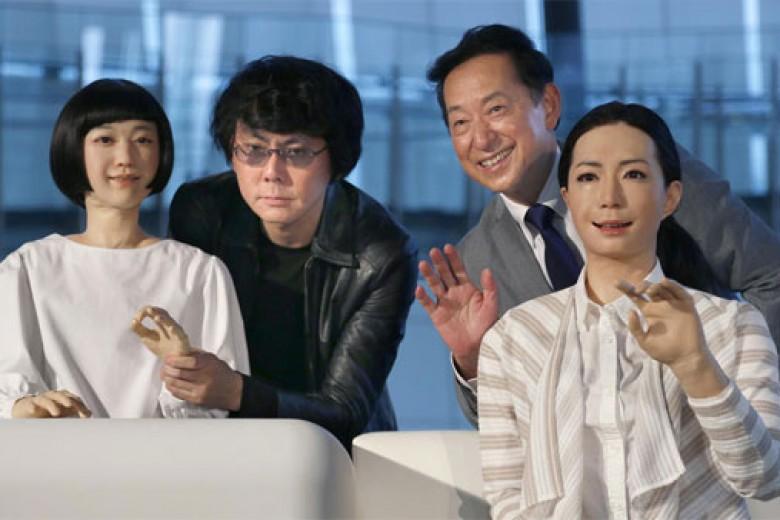 Robot Jepang Kian Canggih