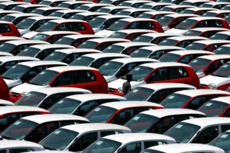 Mei, Penjualan Mobil RI Rontok