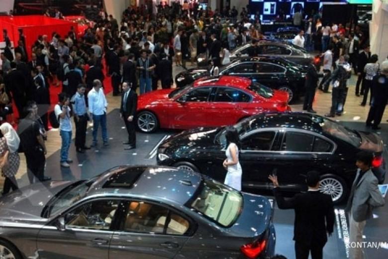 Ini Alasan Penjualan Mobil Turun