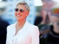 Ellen DeGeneres Luncurkan Merek Fesyen