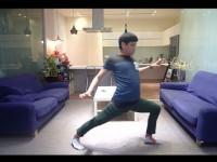 Lucu, Video Pakai Celana Tanpa Menggunakan Tangan