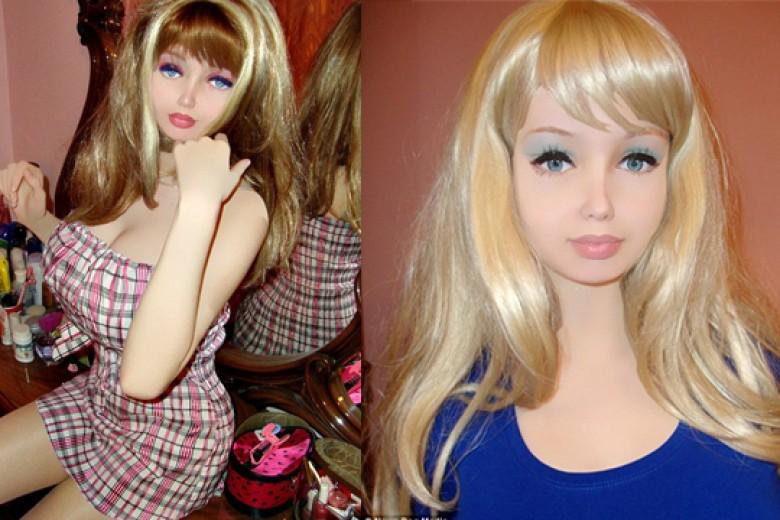 Lolita, Si 'Barbie Hidup' dari Ukraina