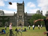 Orangtua di Kanada 'Ngebet' Bayar Kuliah Anak