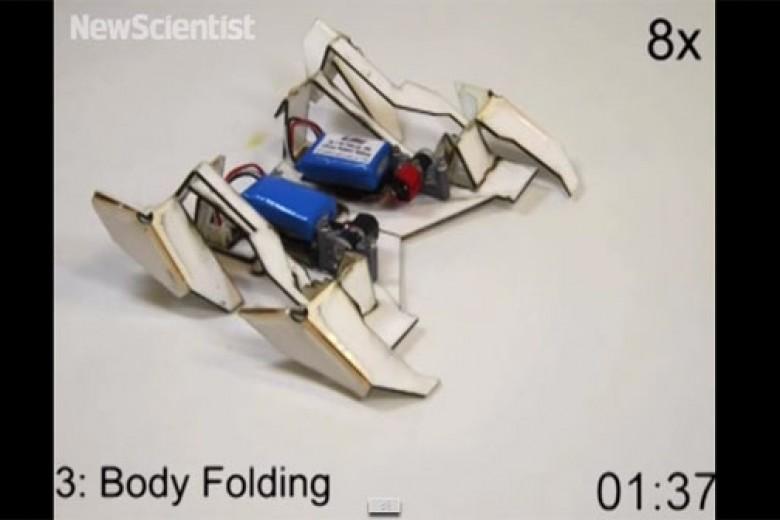 Robot Origami Melipat Dirinya Sendiri