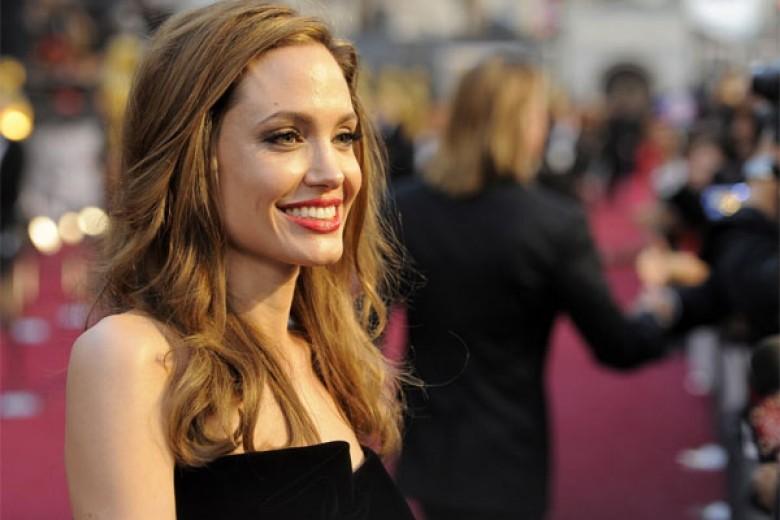 Efek Jolie: Perempuan Jadi Melek Kanker