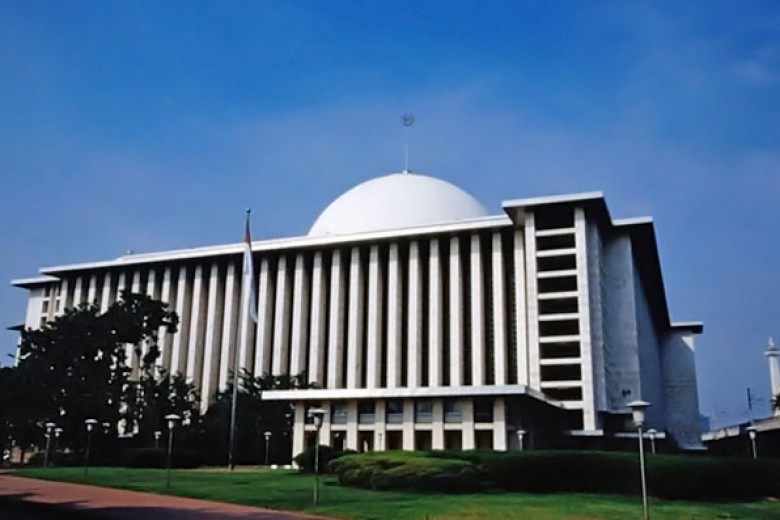 Tahun Ini Masjid Istiqlal tak Bagi-Bagi Daging