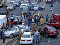 Gambar Payudara Ini Picu Ratusan Kecelakaan