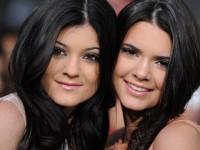 Kylie-Kendall Jenner Masuk Deretan Remaja Paling Berpengaruh 2014