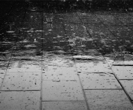 Ini Penjelasan 'Bau' Hujan