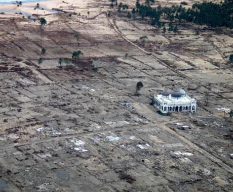 Satu Dekade Tsunami Aceh