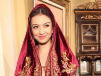 Raline Shah, Pecinta Gaya Klasik