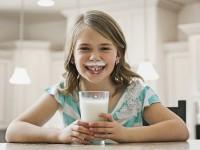 Kenali Gejala Alergi Protein Susu Sapi pada Anak