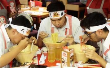 Makan Ramen Berkesempatan Liburan ke Jepang