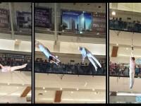 Keseruan Sirkus di dalam Mall