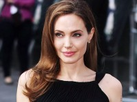 Angelina Jolie Kembali Perankan Maleficent