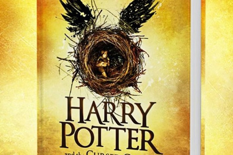 Buku Ke-8 Harry Potter Laku Keras