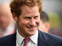Pangeran Harry Lanjutkan Warisan Diana