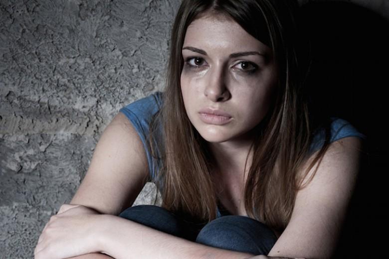 Perempuan Bipolar Cenderung Bunuh Diri
