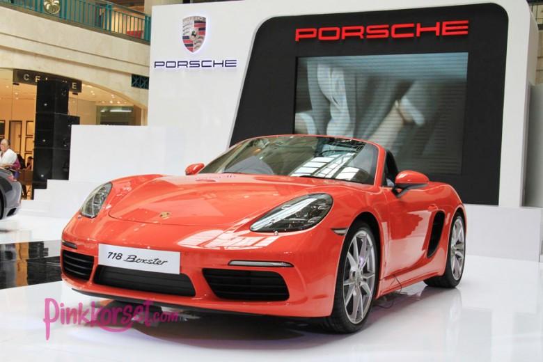 Dua Model Porsche Meluncur di Indonesia