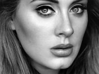 Adele tak Mau Tampil di Super Bowl