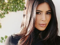 Kim Kardashian Masih tak Mau Disebut Feminis