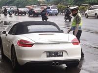 Polisi Kini Tidak Perlu Intip Mobil