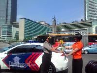 Bunga Matahari Untuk Polwan Indonesia