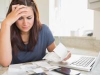 Perempuan Rentan Masalah Keuangan