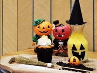 Kejutan Halloween di Colette & Lola