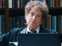 Bob Dylan Raih Nobel Sastra